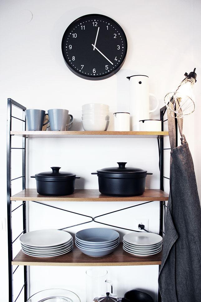 Unser Vintage-Regal in der Küche