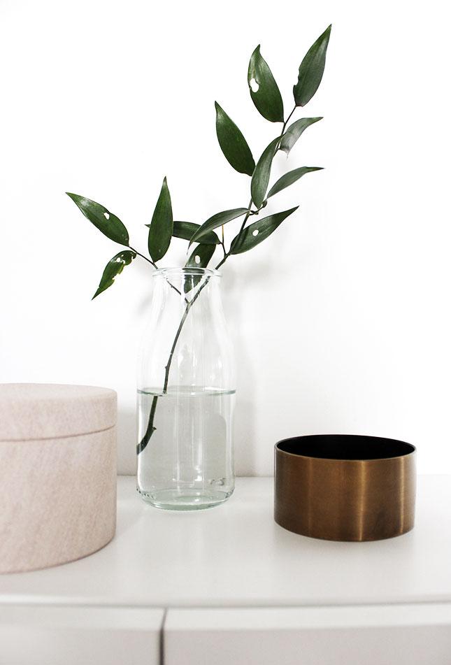 oh what a room es gr nt so gr n im flur oh what a room. Black Bedroom Furniture Sets. Home Design Ideas