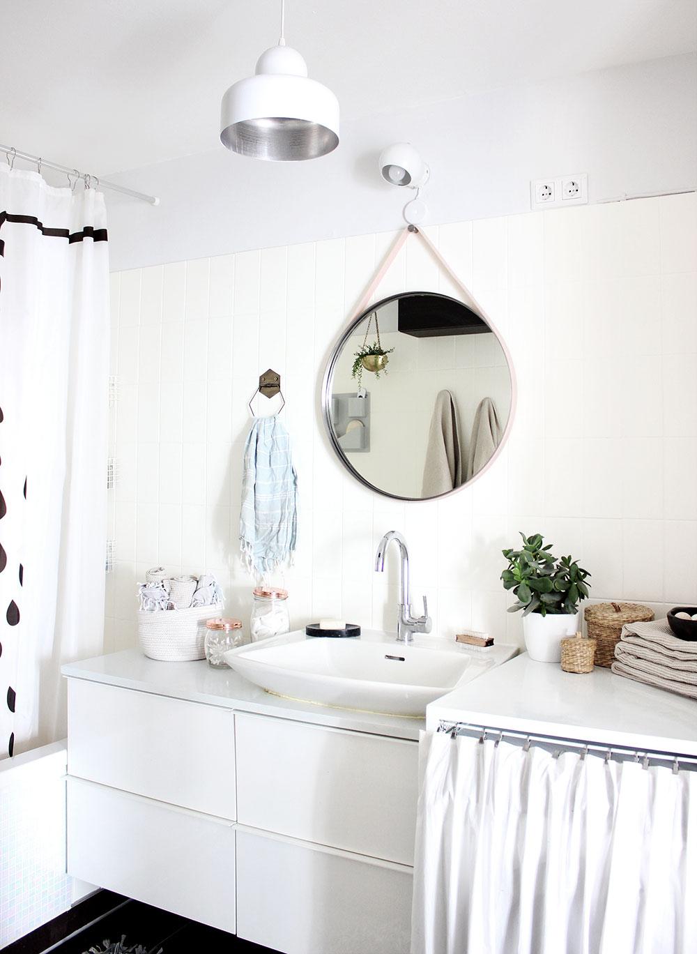 badezimmer-schwarz-weiß-pastell-1