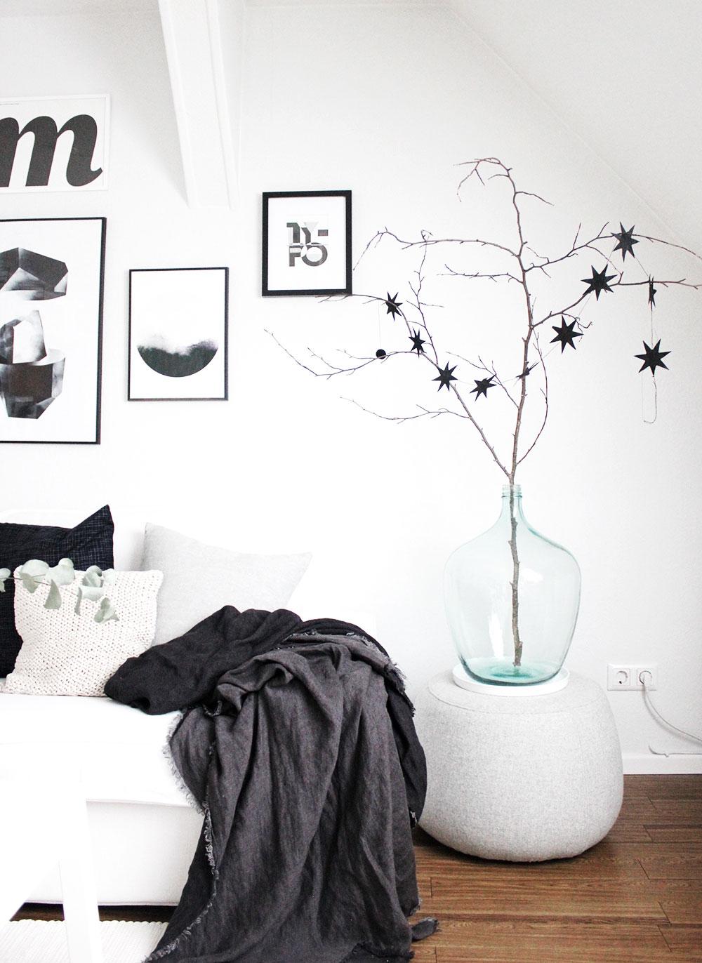 Schwarz Weiße Weihnachtsdeko.Unser Weihnachtsbaum In Schwarz Weiß Meine Liebsten X Mas Diys Und