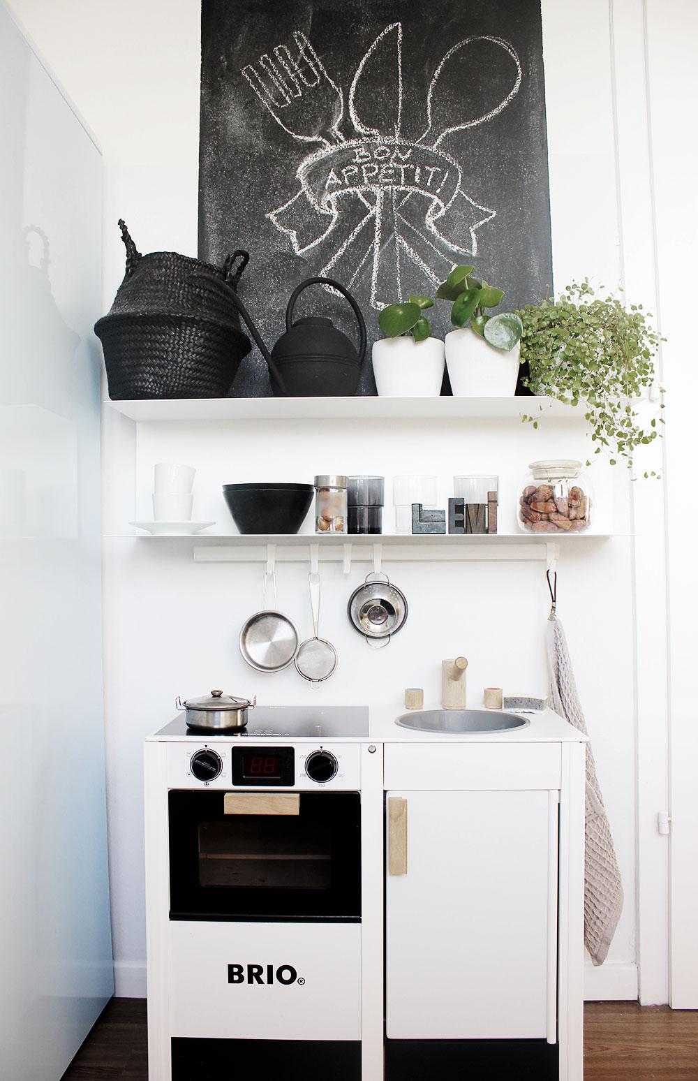 Eine Küche in der Küche – unsere coole Spielküche von Brio ...