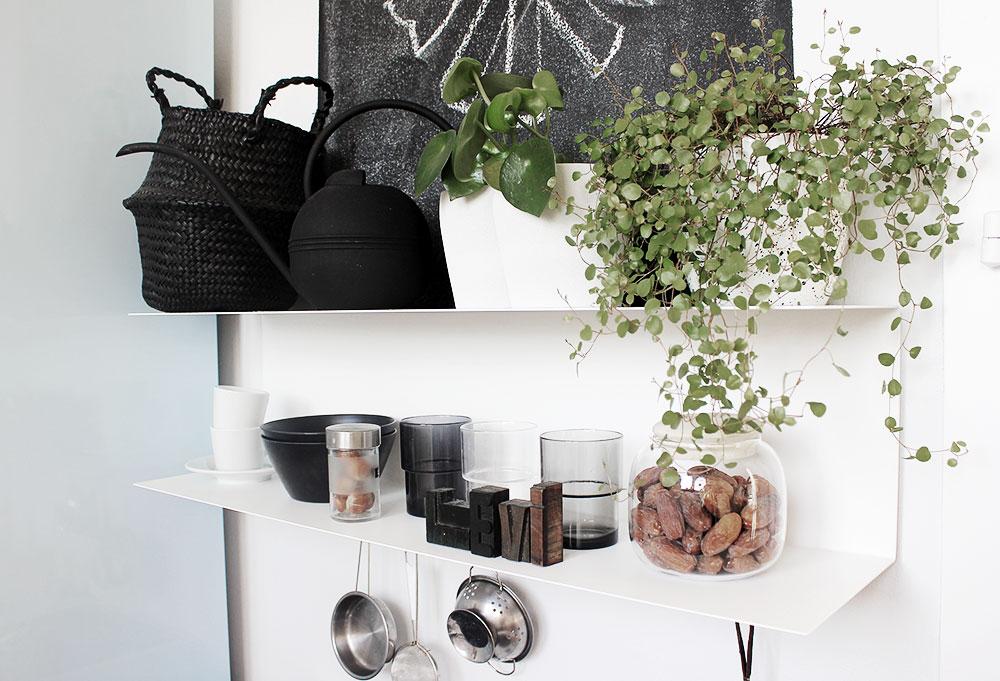 Unsere super coole schwarz weiße Spielküche von Brio!
