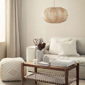 Schöne Neuigkeiten: H&M Home hat jetzt auch Möbel und Lampen! Und zwar seeehr hübsche...