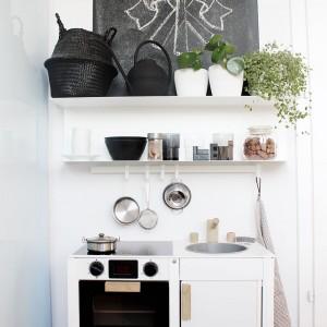 Eine Küche in der Küche - unsere coole Spielküche von Brio
